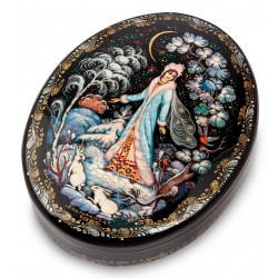 Russian Painted Box Kholui '' Snow maiden ''