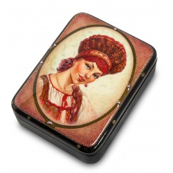 Russian Painted Box Fedoskino '' In kokoshnik ''