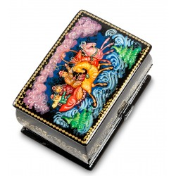 Palekh Russian Painted Box '' troika '' S.
