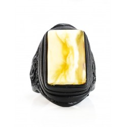 The large ring-ring made of natural leather with a rectangular inserting rare landscape amber
