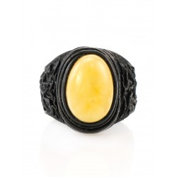 """The large ring-ring made of natural leather with oval insert from amber honey """"Nefertiti"""""""