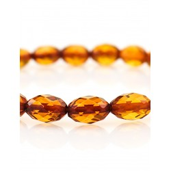 "Exquisite sparkling bracelet made of natural Baltic amber ""Olive Diamond Brandy"""