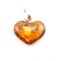 Pendant heart of natural roasted amber