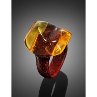 "The striking ring from red wood and natural amber Paducah ""Indonesia"""