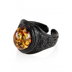 """Leather ring in ethnic style with an oval inset of sparkling natural Baltic amber """"Nefertiti"""""""