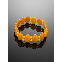 Bracelet made of natural amber piece with the effect of aging