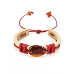 """Contrasting bracelet """"Copacabana"""" in beige leather, red cord intertwined with amber-colored brandy"""