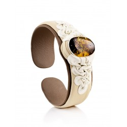 """Beautiful bracelet made of genuine leather with inserts of sparkling green amber """"Nefertiti"""""""
