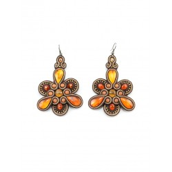 "Large earrings weaving elements and inserts of natural-rich honey and cognac amber ""India"""