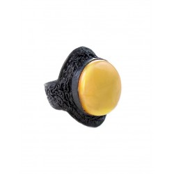 """Close the ring from the skin during insertion of the amber """"Nefertiti"""""""