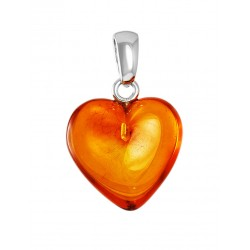 "Pendant made of natural amber brandy ""Heart"""