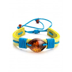 """Charming bracelet leather green color with a large cognac amber """"Copacabana"""""""