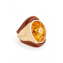 """Original ring of natural leather with a golden amber """"Nefertiti"""""""