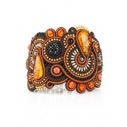 """Braided bracelet with inserts of natural cognac amber crystals and """"India"""""""