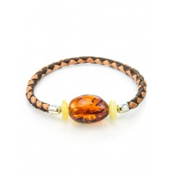 Braided bracelet made of genuine leather, decorated with natural amber