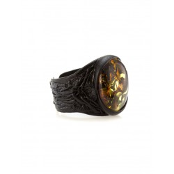 """Stylish ring of the skin with oval insert from natural Baltic amber sparkling """"Nefertiti"""""""