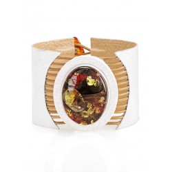"""Bright Cuff Bracelet """"Amazon"""" of white leather and sparkling amber"""
