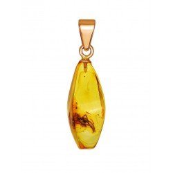 "Gold pendant of natural amber with inclusion spider ""Clio"""