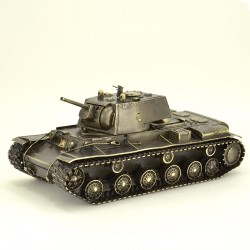 Scale model of the Russian KV-1 tank (1:35), bronze