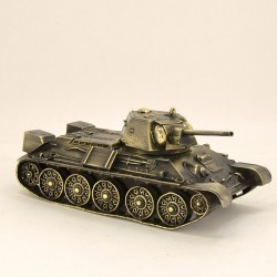 Scale model of the Russian T-34/76 Tank (1:35), bronze