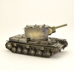 Scale model of the Russian KV-2 Tank (1:35), bronze