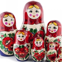 Traditional Nesting Dolls (Matryoshka)