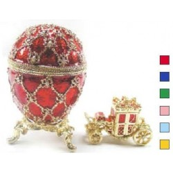 Egg with carriage medium green
