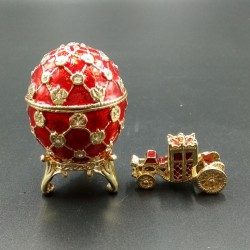 Egg with carriage red 6.2 cm