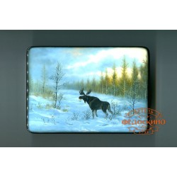 Box with a picture of the Landscape with moose
