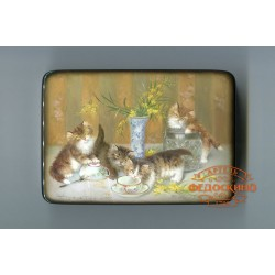 Russian Painted Box with a picture of Kittens with a Mimosa