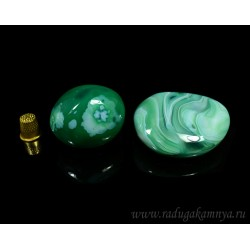 Mineral agate tumbling tinted, green 40 * 45 * 50mm, 130-160gr.