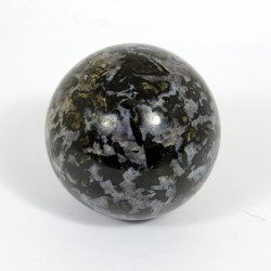 Amphibolite ball of diameter 54-57mm, 241-275gr