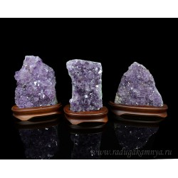 Amethyst Druza 1740gr weight, size 145 * 95 * 190mm. (F)