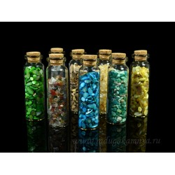 Collection of 8 minerals-wards in vials